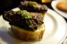 Solomillo steak pintxos at Gandarrias