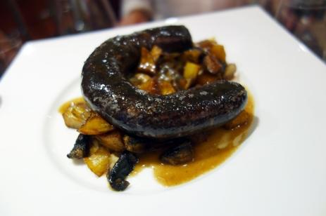 Amazing blood sausage on potatoes at Els Brots