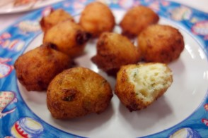 Buñuelos de bacalao at Can Flores in Blanes