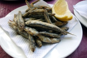 Fried anchovies at La Parisien in Cádiz