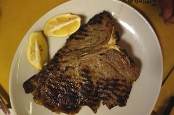 Florentine steak at Da Leo in Lucca