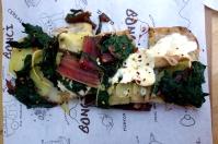 Pizza with Swiss chard, potato and mozzarella
