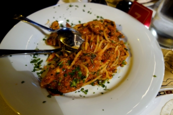 Spaghetti with crab