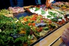 Slicing up Roman pizza